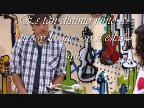 Violetta-Entre tu y yo Lyrics (versione Leon)