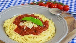 BESTE Pasta mit Tomatensauce- Schnellste und einfachste Tomatensauce der Welt