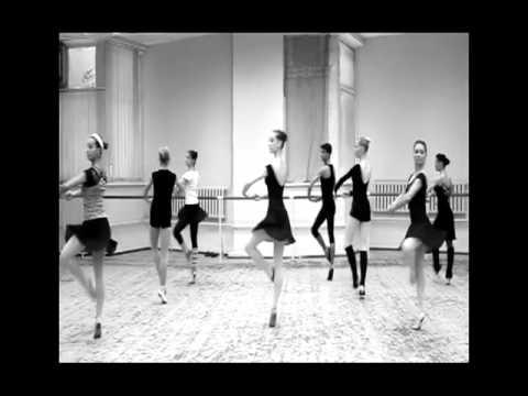 балерины на тренировке видео