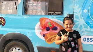 ice cream truck kid Eat Ice Cream