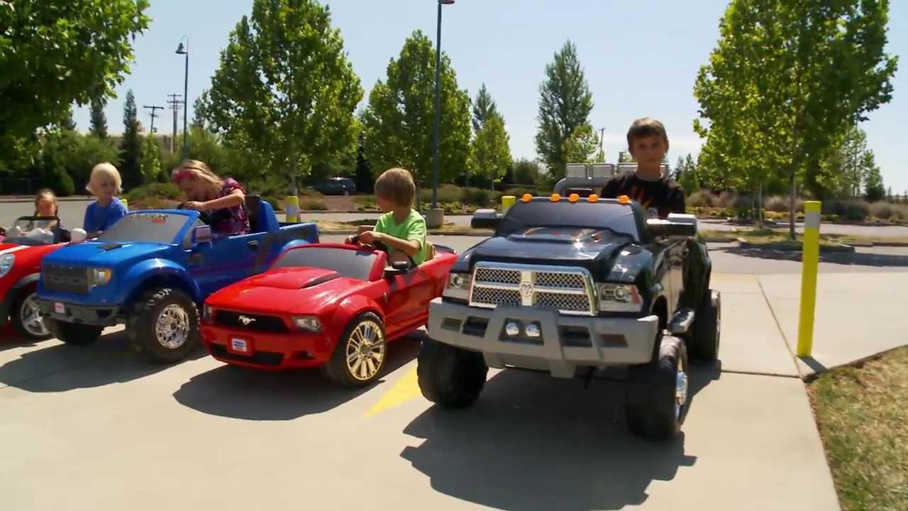 Power wheels race boys vs girls youtube for Motorized cars for 8 year olds
