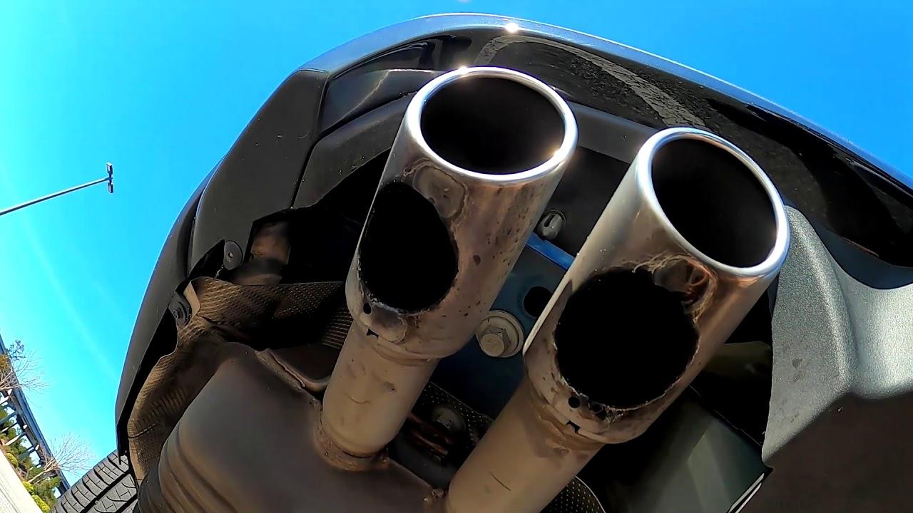 wtf 2020 ford explorer st weird exhaust tips