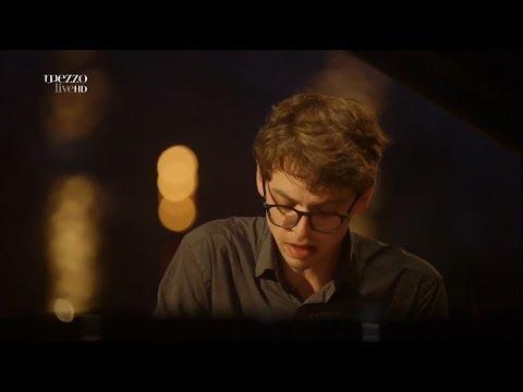 Lucas Debargue plays Scarlatti, Mozart, Ravel and Liszt - La Grange de Meslay, 2016 (HD 1080p)