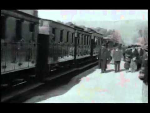 Arrival of a Train by Lumière Brothers - 'L'arrivée d'un train en gare de La Ciotat