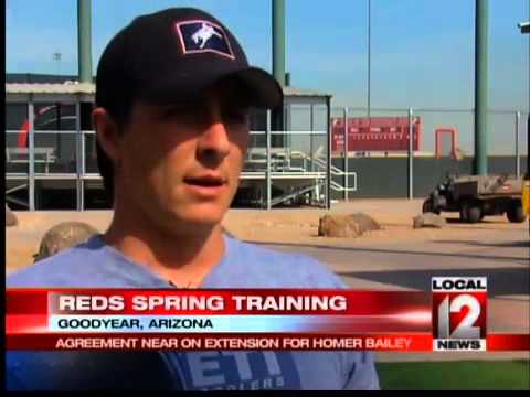Mike Berk talks to Homer Bailey about contract