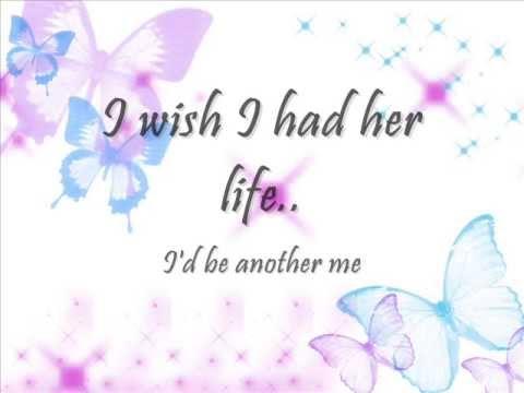 BARBIE - I wish I had her life (Lyrics)