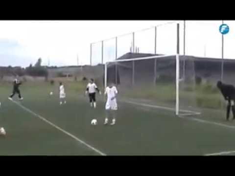 Así entrena el hijo de #Ronaldo 👌👌