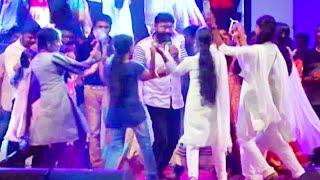 ഓടപ്പഴം പോലൊരു പെണ്ണിനു ...  Kalabhavan Mani Nadan Pattukal   Malayalam Comedy Stage Show 2016