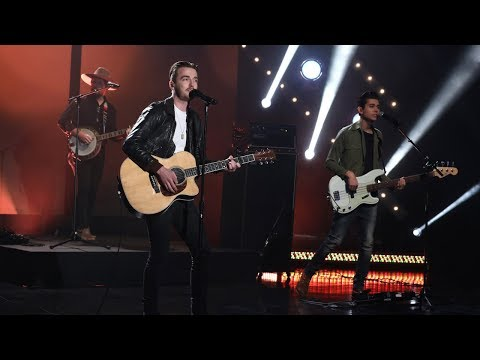 Country Stars LANCO Perform Greatest Love Story
