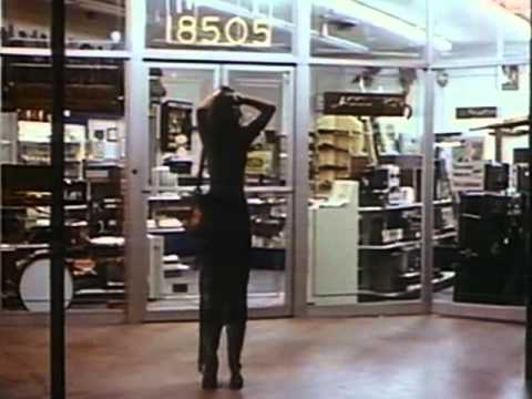 Messiah of Evil (1973) ZOMBIE