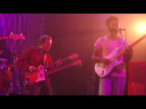 Toro y Moi – Yeah Right – Live in Berkeley