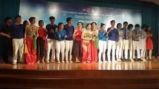 Sinh viên 13D Thương Mại UFM cám ơn thầy cô