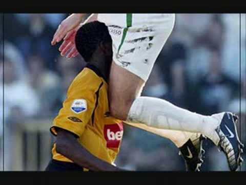 Aussie Rules AFL footy players get nude HOT (2)Kaynak: YouTube · Süre: 29 saniye