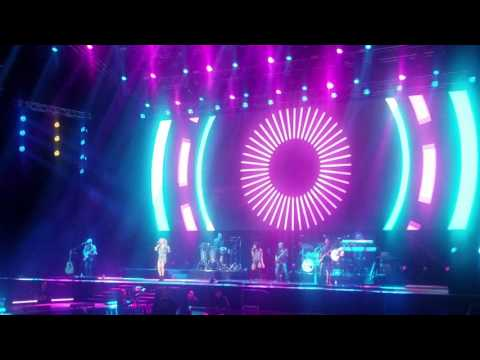 EDNITA NAZARIO - TU SIN MI /MEDLEY UNA VIDA TOUR 05-13- 2017 COLISEO DE PR JOSE MIGUEL AGRELOT