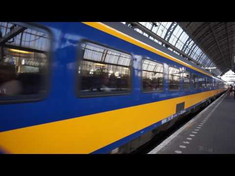 IC direct. Class 186 of NS. Amsterdam Centraal
