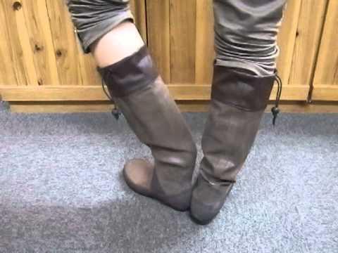 野鳥の会長靴の脱ぎ方