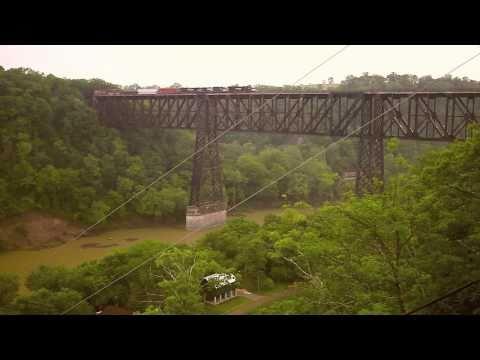 Norfolk Southern freight heads north over Highbridge, Kentucky (HD)
