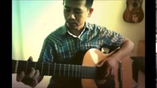 Hoa cài mái tóc guitar