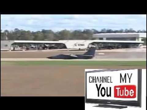 AWESOME PLANE CRASH LANDING (plane crash) | OMG Videos