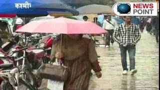 Temperature dips further as rain continues in Kashmir