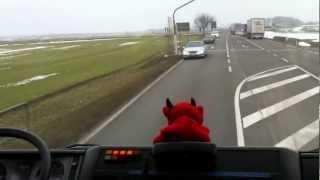 LKW Unfall (Anfahrt zum Gerätehaus + Ausrücken) 05.04.2013