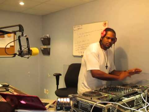 DJFROSS FRIDAY JUMP-OFF ON HOT104.1 FM