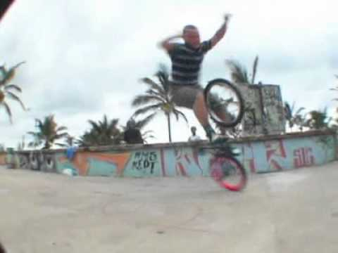 Daniel Fuhrman | BMX Flatland in South Africa