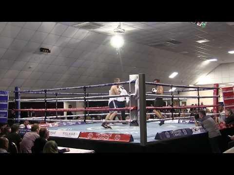 Sam Evans vs. Cristian Hoskin Gomez