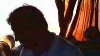 Agustin caga en el aire acondicionado del autobus Mp3