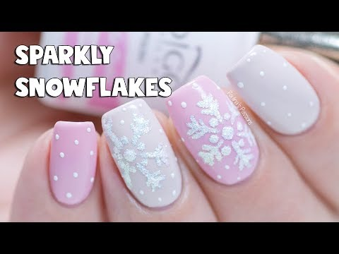 easy gel nails - sparkly snowflake