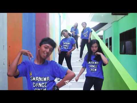 AGNEZ MO - MILLION $ LOVER DANCE ( SMAN 1 WRINGINANOM , GRESIK x KO INDRA)