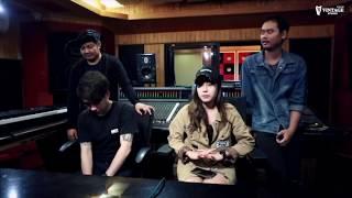 Review By ทิวลิป รวิตา&MinorThird - MNP Studio