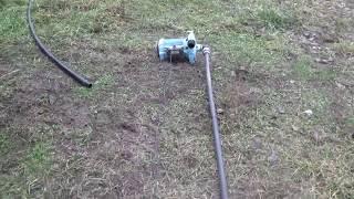 Как проверить на сколько падает уровень воды в скважине во время работы насоса.