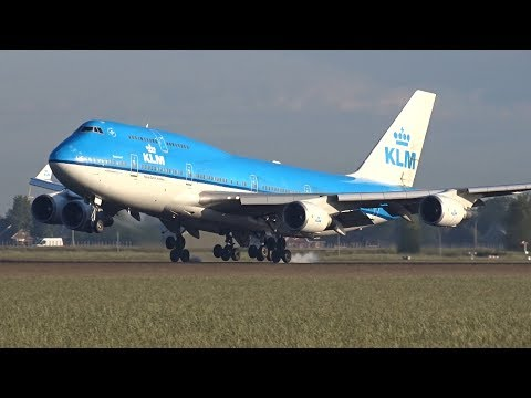 Morning Rush Hour at Amsterdam Schiphol Airport, 35 Heavy Landings