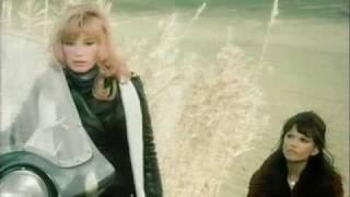 Claudia Cardinale 1975 Qui comincia l'avventura MONICA VITTI