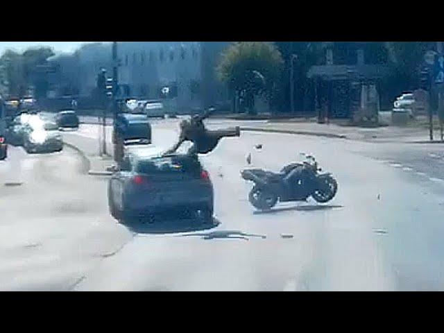 Dramat motocyklisty!