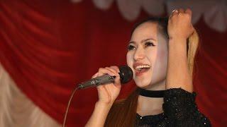 Pal bharmai khusi   november rain song - Melina rai live performing