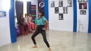 SUBHA HONE NA DE REMIX Full Video Song | DISHOOM | by gitika seth @ aocd academy