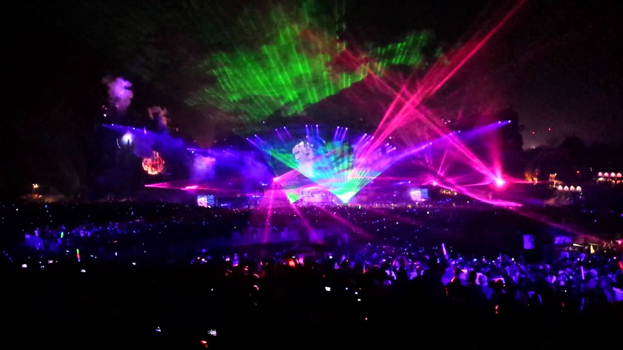 Tomorrowland Crazy Lasers And Lights 2014 3 Are Legend HD