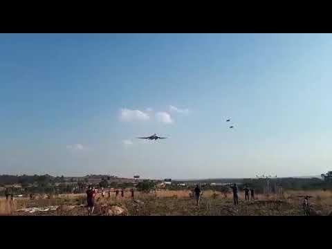 """Прибытие Ту-160 на авиабазу """"Уотерклуф"""" (ЮАР)"""