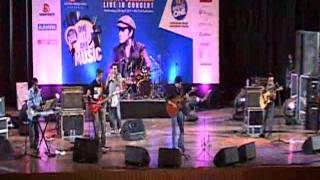 Mohit Chauhan- Dooba Dooba Rehta Hoon.flv