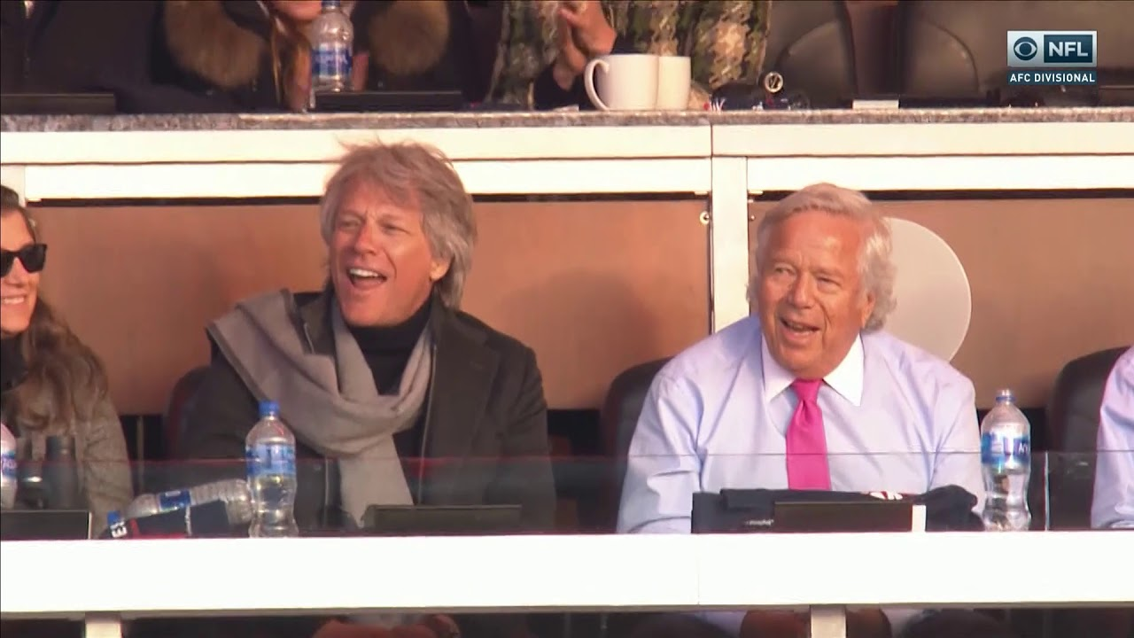 Patriots vs Chargers - Bob Kraft and Jon Bon Jovi sing Livin' on a Prayer -  YouTube