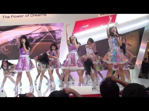 [FANCAM] JKT48 - Manatsu no Sounds Good at Honda Gandaria City