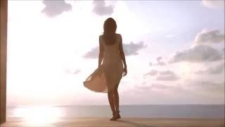 Nat King Cole ~ When I Fall in Love (Spanish/English)
