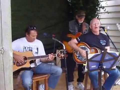 Download chris & gary & tony play country blues in the country, Waikino