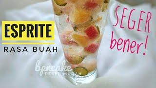 Gambar cover Minum ini kalo lagi panas, haus - Seger banget nyeruput sprite rasa buah yang gak biasa