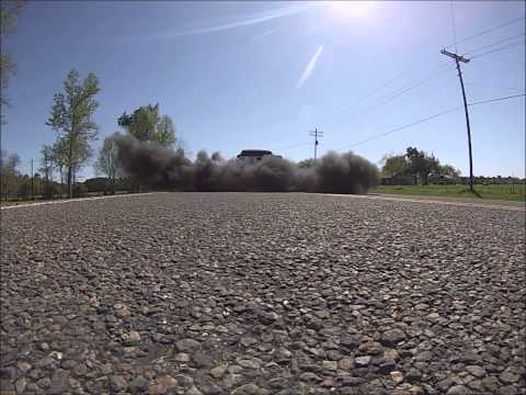 800hp Duramax - EFI Live Smoke and Lope - Rolling Black Smoke Burnout