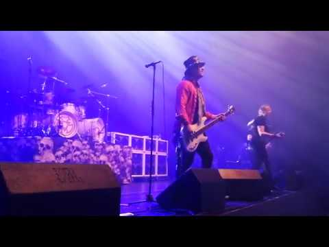 Pretty Maids - Please Don`t Leave Me  @ Horsens 15.12.2017