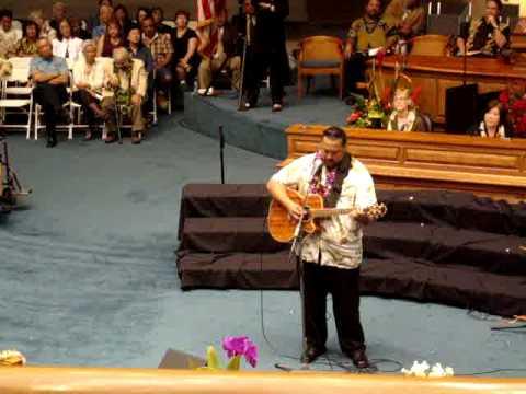 Patriot Willi K at the Hawaii 2009 State Legislative Opening
