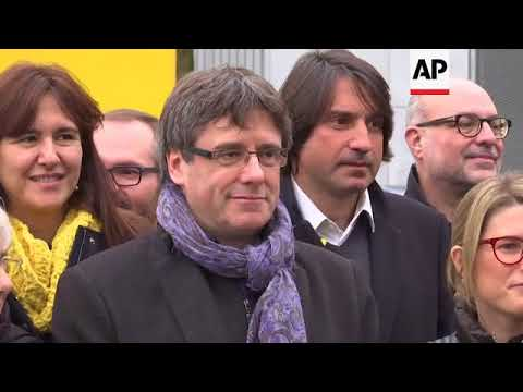 Puigdemont, Catalan lawmakers, meet in Brussels to discuss strategy